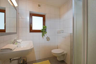 Gartenblick-Badezimme